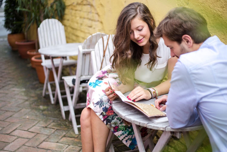 Latin phone dating conversation